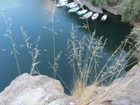 Озеро Вулизмени. Вид с тропы.