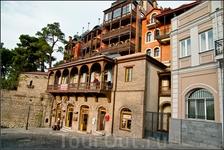 """""""...Я обожаю улочки Тбилиси, Меня волнует эта красота: Из дерева ажурные балконы,""""(Ekaterina_Kirilova )"""