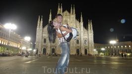 А вот главную реликвию собора Дуомо в Милане – гвоздь со святого креста Иисуса – демонстрируют посетителям всего лишь раз в год, 14 сентября. В этот ответственный ...
