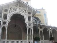 Деревянная колоннада