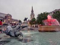 Фонтаны - одна из достопримечательностей площади. У них есть имена - лорд Бетти (Lord Beatty) и лорд Джеллико (Lord Jellicoe). Построены в 1840 году с единственной, совершенно практической целью – огр