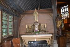 Колокольня была построена на достаточно большом расстоянии от церкви, чтобы в случае пожара прихожане церкви не пострадали. Колокольня отражала удары молнии благодаря своей величине и нахождению на хо