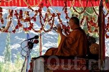 Далай Лама дает учение в Лехе