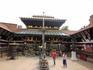 патан  Рудраварна махавихар( Уку Бахал или Рудраварна Махавир, основанный в V-VI в. Названный в честь Рудры (Шивы), это буддийский монастырь, где есть ...