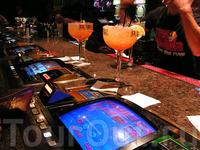 в баре Лас-Вегаса