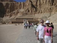 дворец царицы Хачапсу(женщины-фараона)