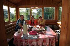 Наша первая остановка на земле радушной Белоруссии в городе Новополоцк в отеле Кентавр.