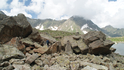 Спуск с озера проходил в экстремальных условиях,по камнепаду