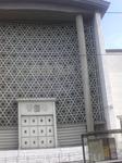 Решетка на фасаде синагоги
