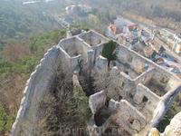 вид сверху из башни на замок