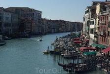 Гранд-канал - центральный проспект Венеции ))