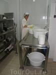 Изготовление сыра.