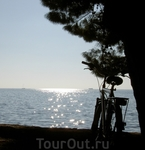 побережье около г.Пореч и взятый напрокат велосипед