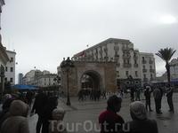 г.Тунис Триумфальная арка 2