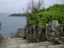 В местечке Ротенёф, что в пригороде Сен-Мало, есть скалистый берег, изрезанный скульптурами