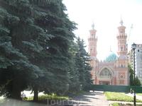 Сунитская Мечеть построенная бакимнским нефтянником. Центр Владикавказа