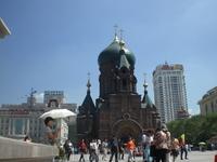 Русская православная церковь, построенная первыми строителями КВЖД и зачинателями Харбина как города каменных построек. Сейчас там музей.