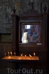 Джвари: монастырь Креста  Имя архитектора достоверно неизвестно — предположительно, это был Микел Тхели. Средневековые мастера не были тщеславны, и действовали ...