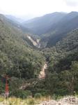 Вот по такой живописной горной дороге отправляемся в город Далат