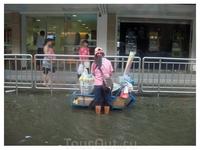 Вот такой потоп в БКК после дождя.