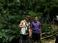 Китайцы были дружелюбными и хотели с нами фотографироваться!!
