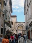 толпы туристов на улицах