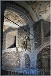 """Часовня церкви Св. Франциска (Capela dos ossos) заслуживает особого внимания. Построенная в XVII - """"Золотом веке"""" для Португалии - она была призвана напомнить ..."""