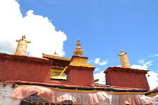 Дворец Юмбулаганг