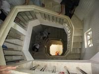 Лестница внутри Статуи Христа.