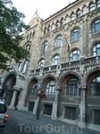 Здание ратуши в старой части Будапешта