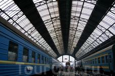 г. Львов, Украина. Львовский железнодорожный вокзал. Дебаркадер вокзала