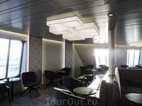 И конечно здесь предусмотрено много различных залов для отдыха пассажиров