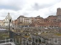 около колонны Траяна (Colonna Traiana) 4