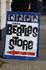 Кстати, рядом с музеем находится замечательный магазинчик для поклонников группы Beatles.