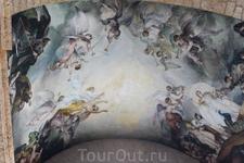 Роспись на потолке в Национальном Пантеоне
