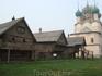 Ростовский кремль. Реконструкция посадских изб. Говорят, это декорации к художественному фильму.