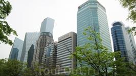 Район Йоидо. Если честно, когда я ехала в Сеул, я представляла себе его именно таким. Но на самом деле там не так много небоскребов. Это город-микс из ...