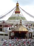 Самая большая ступа в Непале, Боднатх, находится в 10 км на северо-восток от центра Катманду. Ступа была построена в III веке на торговом пути, связывавшем ...