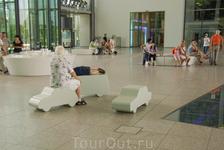 Автолавки для умаявшихся гостей))