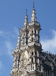 Левен.Башни  Ратуши - шедевр готической  архитектуры.