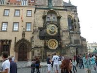 Забавные часы на Староместской площади