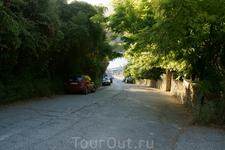дорога от отеля к Liapades beach (Gefyra)
