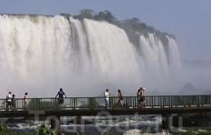 Вид с бразильской стороны.