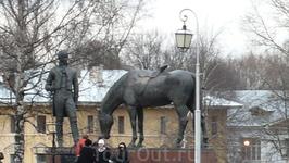 Памятник Батюшкову.