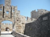 один из входов внутрь крепости