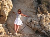 На камнях той самой легендарной Афродиты