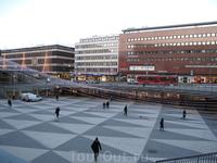 Весь Стокгольм в гирляндах.