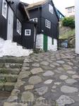 Чем-то Торсхавн напомнил норвежские селения.