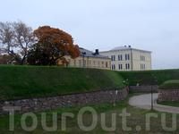 Хамина - город-крепость. Крепостные сооружения в Хамине построил шведский генерал Аксель фон Лёвен в 1720-х годах. Выступающие углы крепостных стен представляли ...