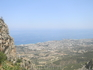 вид на Кирению со смотровой площадки замка Св. Иллариона